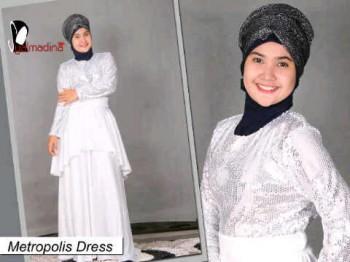 busana hijabers Salmadina metropolis putih busana muslimah terkini, gamis muslimah terbaru