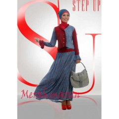 Step Up Bella Merah Marun