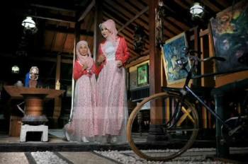baju dress muslim online  017 merah 600rb include pasmina,anak 2-6 300rb, 8-12 350rb