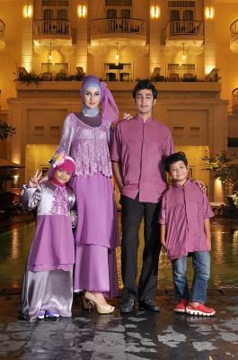 Rj 06 ungu sarimbit keluarga