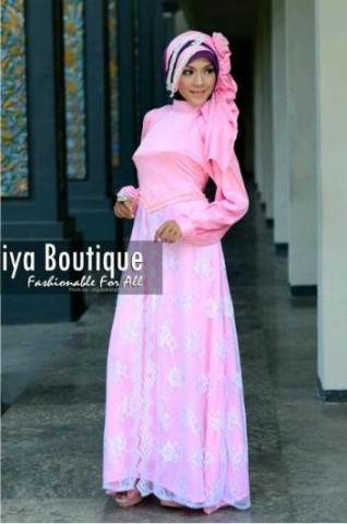 Syakira by fakhriya boutique  Pink