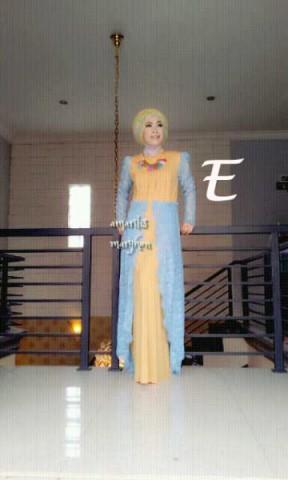 model busana muslim wanita modern AMARILIS by Marghon E