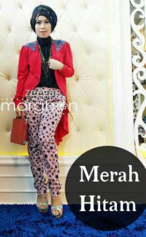 baju muslim simple elegan  ZEEGA by Marghon Merah Hitam