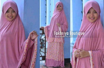 busana muslim elegan Marwa by Fakhriya Boutique Dusty Pink