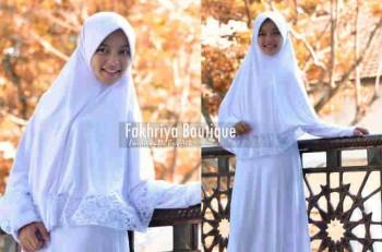 baju muslim pesta wanita  Pusat-Gamis-terbaru-New-Aulia-by-Fakhriya-Boutique-Putih
