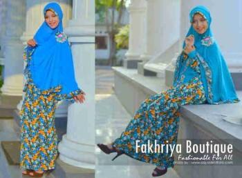 model baju muslim modern wanita Pusat-Gamis-Terbaru-Agniya-Dress-Biru