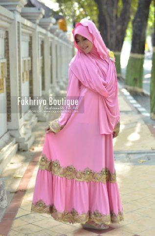 baju pesta yang simple Pusat-Gamis-Terbaru-Malika-Dress-By-Fakhriya-Pink