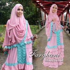 Busana Muslim Wanita Modern Emerald by Farghani Pink