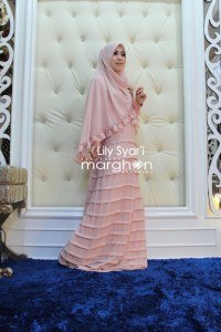 Koleksi Busana Mulim Terbaru Lily Syar'i by Margon Soft Pink