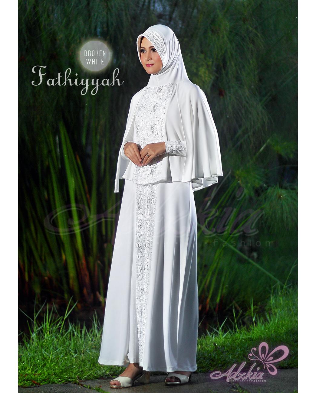 Baju Muslim Wanita Modern Fathiyyah by Adzkia Broken White