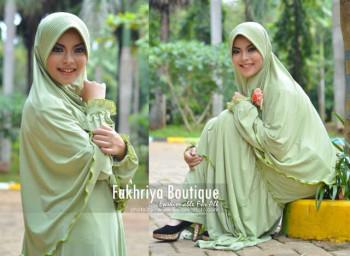 Busana Muslim Syar'i Terbaru Kirana Dress by Fakhria Hijau Muda