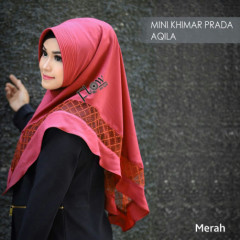 mini-khimar-prada-aqila red