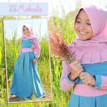 Makaila Oribelle Blue