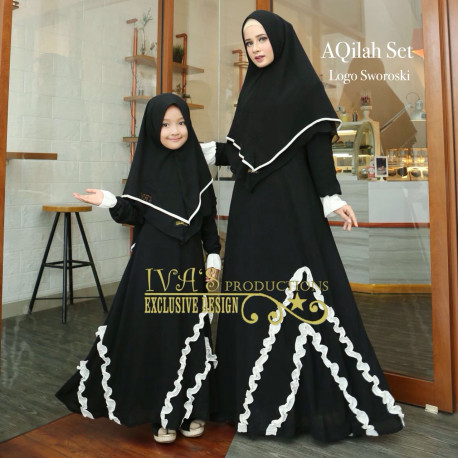 Aqilah Couple Black