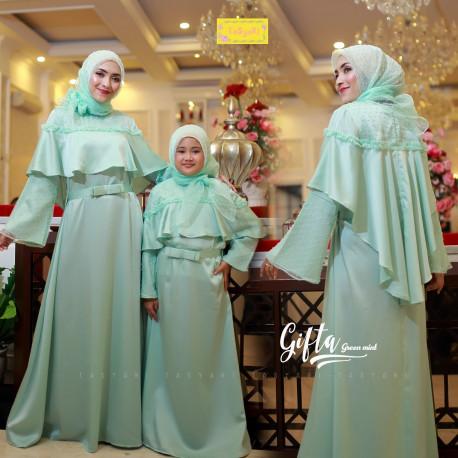 Gifta Couple Green