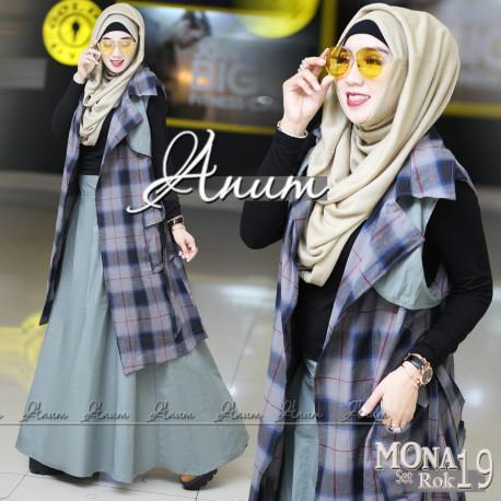 Mona Grey