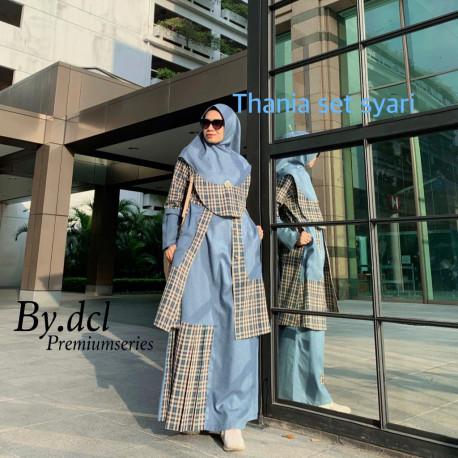 Thania Syari Blue