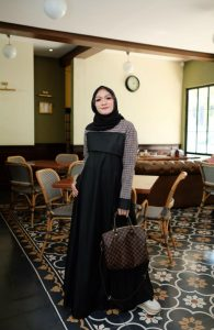 Ananda Dress Warna Black