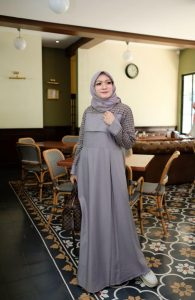 Ananda Dress Warna Grey