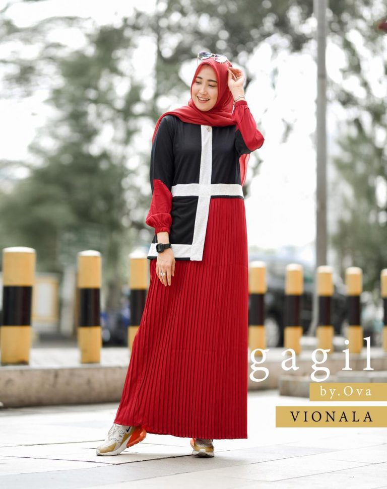 Vionala Dress Warna Red