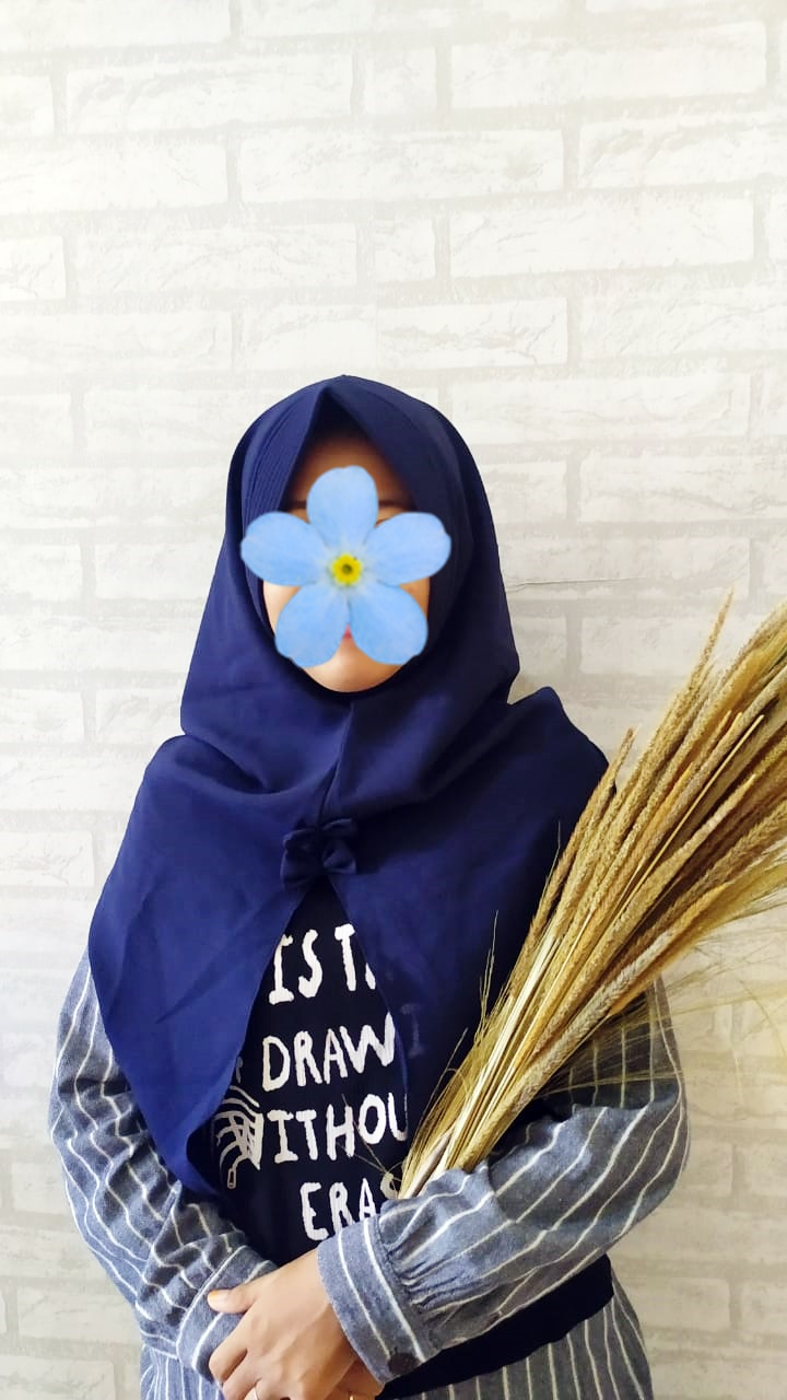 Jilbab Tammia 4 Warna Navy Blue