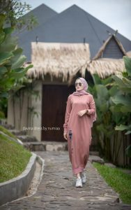 Davina Dress Warna Dusty Pink